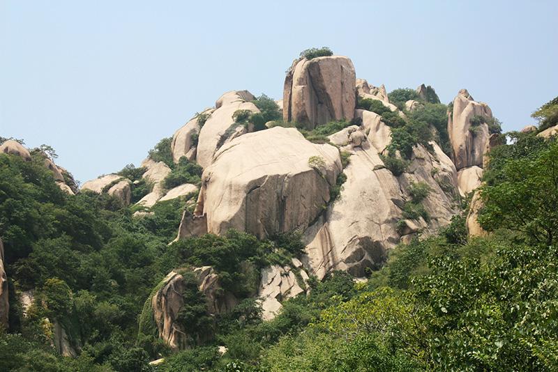 关羽峰 - 嵖岈山风景名胜区