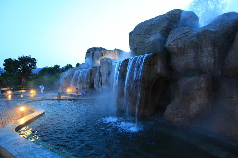 【門票68元/張】這個冬天來嵖岈山溫泉小鎮泡溫泉吧